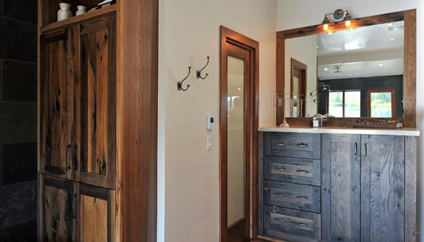 Woodland Full Custom Cabinets