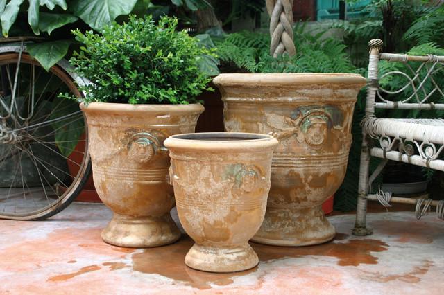 pied guirlande arch os poterie d 39 albi ligne ext rieure classique chic pot et jardini re d. Black Bedroom Furniture Sets. Home Design Ideas