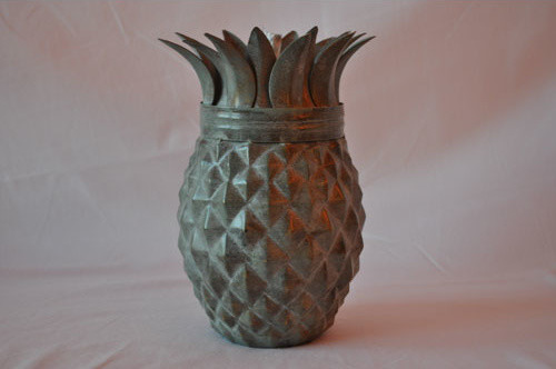 Pineapple weathered patina tabletop torch tropical for Pineapple outdoor decor