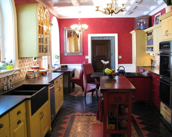 Spanish colonial revival home design ideas pictures for Traditional mexican kitchen