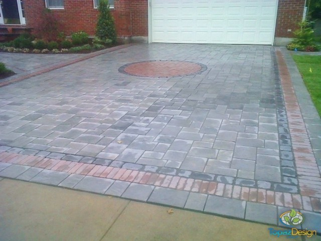 Driveway With Inlay Traditional Landscape New York