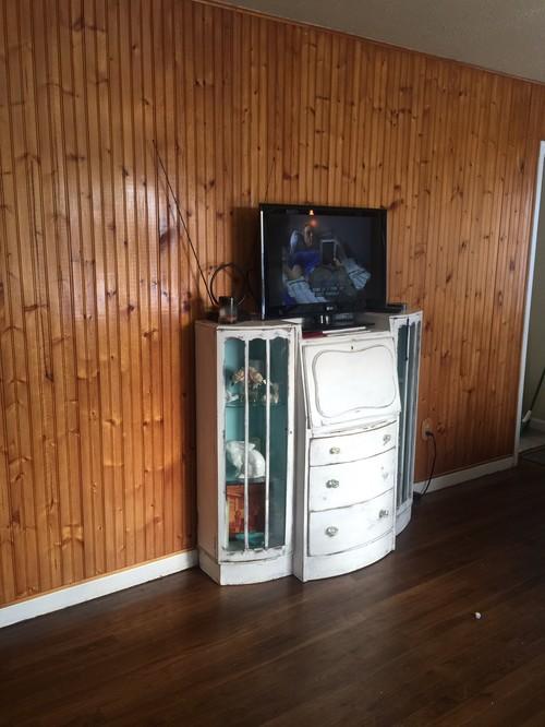 Lightening Up A Wood Paneled Room: Help...Knotty Pine Paneling