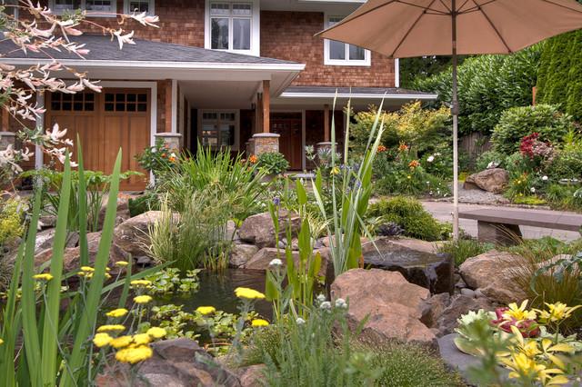Natural pond cl sico portland de paradise restored for Paradise restored landscaping exterior design