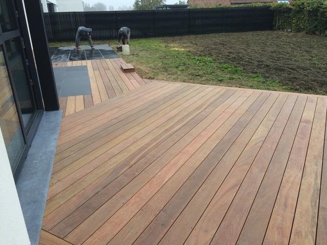 Terrasse bois exotique et ardoise for Exterieur terrasse bois