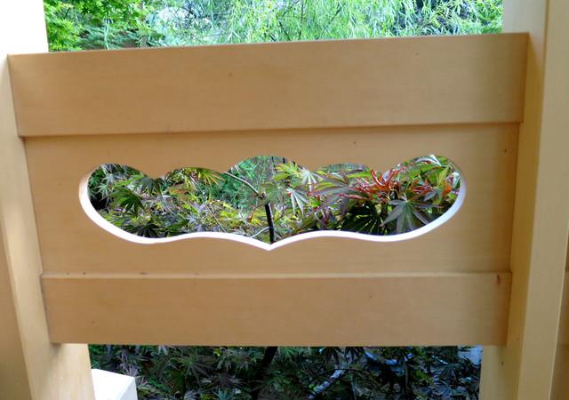 Deck railing detail asian san francisco by ki arts for Balcony ki design