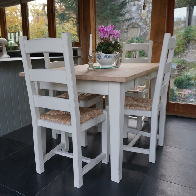 Farmhouse Dining Table And Chairs: Hand Painted Shaker Farmhouse Table And Chairs