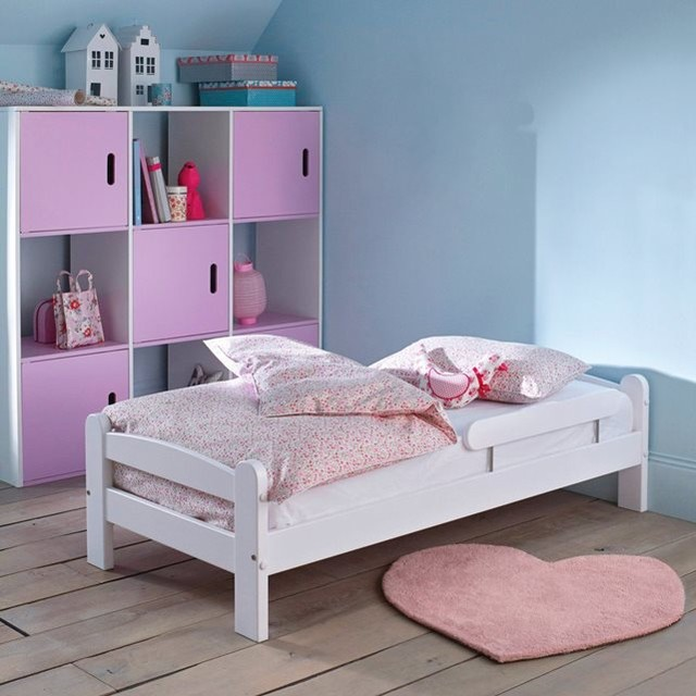 lit b b en pin massif loan contemporain lit enfant par la redoute int rieurs. Black Bedroom Furniture Sets. Home Design Ideas