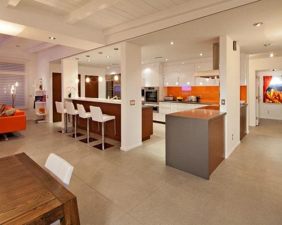 Oak Cabinet White Appliance Kitchen Design Ideas, Remodels & Photos