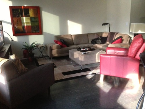 How to keep a sectional couch from separating for Separate sectional sofa pieces