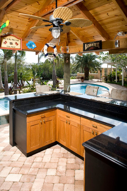 Tiki bar outdoor kitchen cypress black for Outdoor kitchen ideas houzz