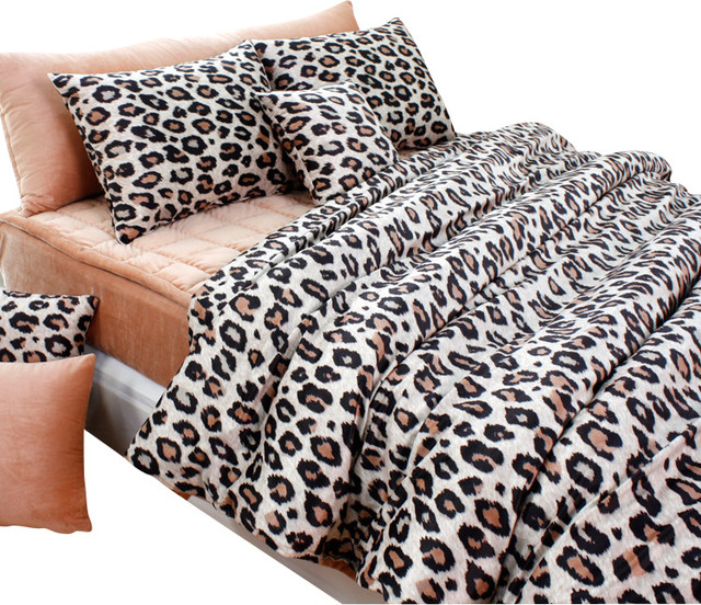 Beige brown leopard microfiber duvet cover set twin for Housse de couette leopard rose