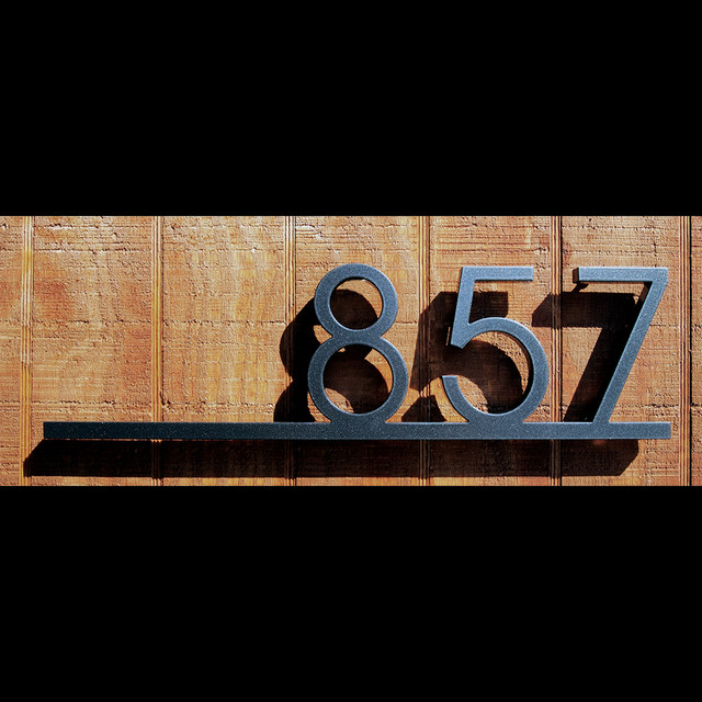 Number Plaque Home Design Ideas Renovations Photos Exterior - Contemporary house numbers