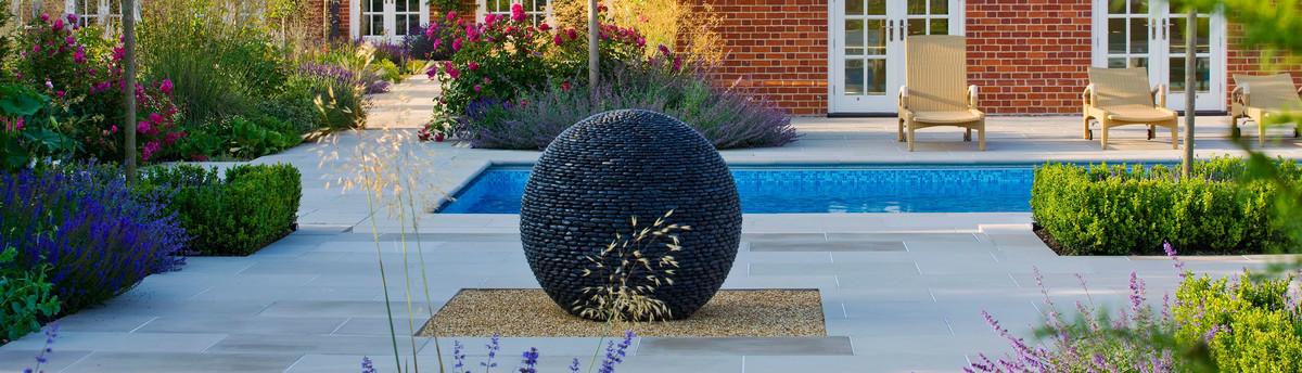 Armillary sundials garden spheres for Sphere garden design