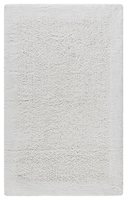Safavieh plush master bath pmb623w white area rug for Master bathroom rugs