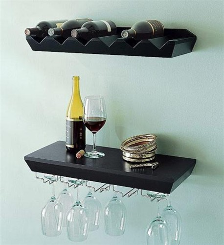 Wall wine rack shelves
