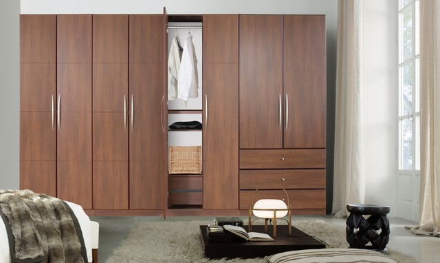 Alone Closet Systems With Free Standing Closet Systems.