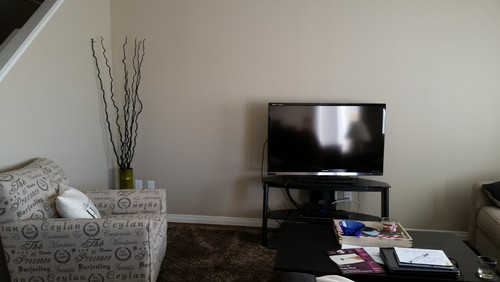 How To Complete Me Living Room The Walls A Very Bare And I Am Not Sure