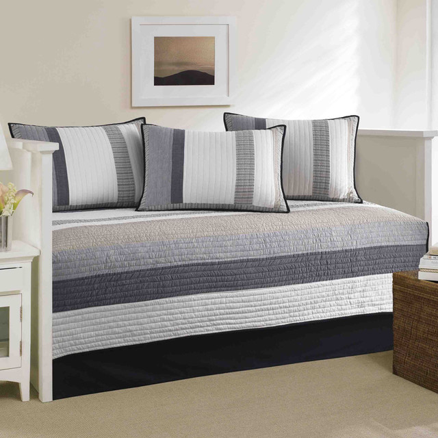 overstock daybeds 2
