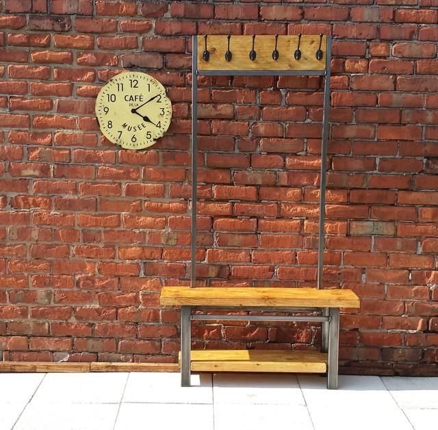 industrial range industriel meuble d 39 entr e par red cottage furniture. Black Bedroom Furniture Sets. Home Design Ideas