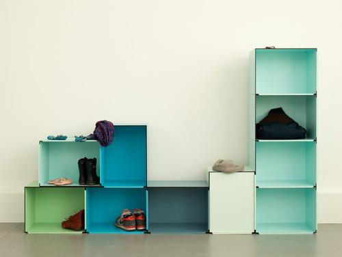 8 traumhafte schuhregale schuhe geh ren nicht versteckt bild der frau. Black Bedroom Furniture Sets. Home Design Ideas