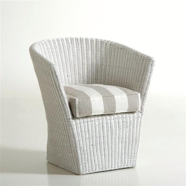 fauteuil canne de rotin inqaluit contempor neo. Black Bedroom Furniture Sets. Home Design Ideas