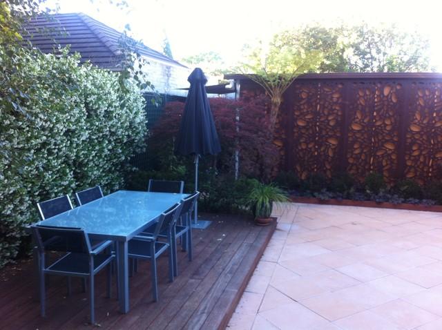 Prahran courtyard garden for Courtyard landscaping melbourne