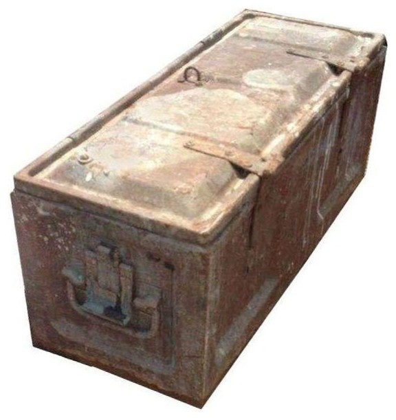 Pre-owned Metal Storage Box - Industrial - Decorative Boxes