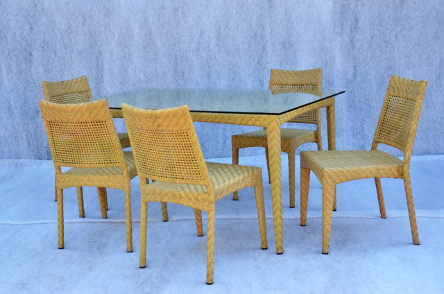 Jeny Dining set Modern Outdoor Dining Sets other metro by HallSol Fur