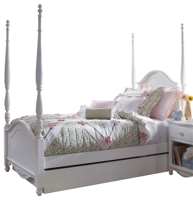 lea haley poster bed in white traditional kids beds by beyond stores. Black Bedroom Furniture Sets. Home Design Ideas