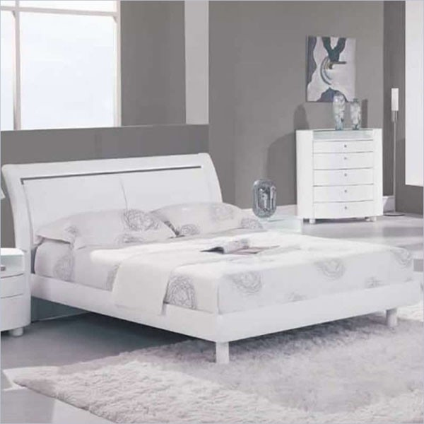 global furniture emily queen sleigh bed in white emily