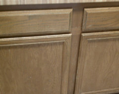 Staining oak cabinets with gel stain - but cabinet sides veneer :( Help!