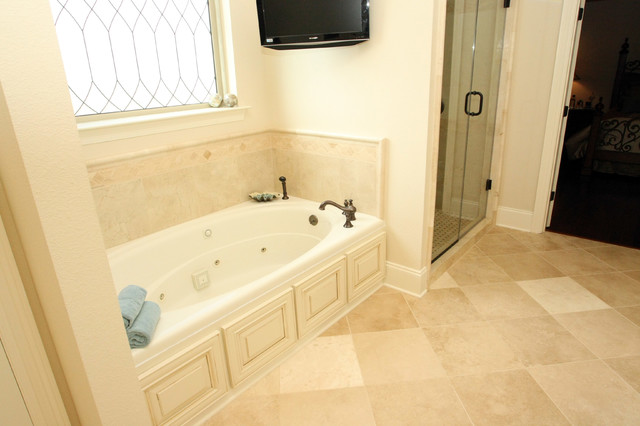 French Country - Traditional - Bathroom - new orleans - by Tyson Construction