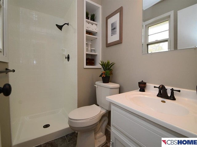 Bathroom After Remodeling On A Tight Budget Omaha By The Omaha Home Staging Company