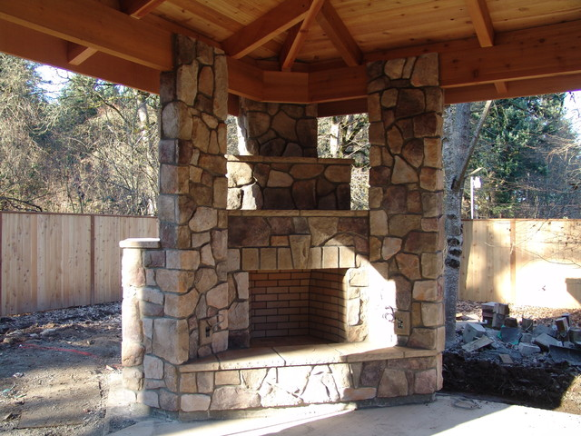 Outdoor fireplace with bbq grill and pizza oven for Fireplace and bbq