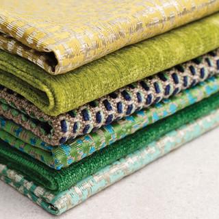 Stoffe für Gardinen, Kissen, Decken und Möbelbezüge