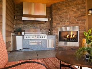 Heat & Glo Villa Gas Fireplace
