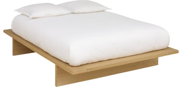 ikebana lit 160 200 cm moderne lit plateforme par habitat officiel. Black Bedroom Furniture Sets. Home Design Ideas