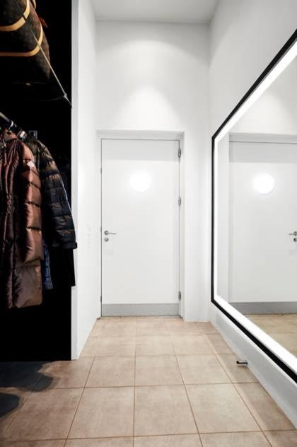 kæmpe spejl Indretningseksperterne har talt: Store spejle hitter i danske hjem  kæmpe spejl