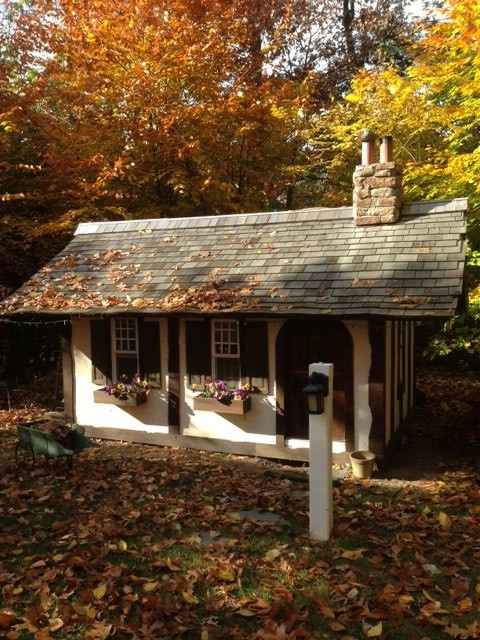 Cotswold cottage playhouse for Cotswold cottage house plans