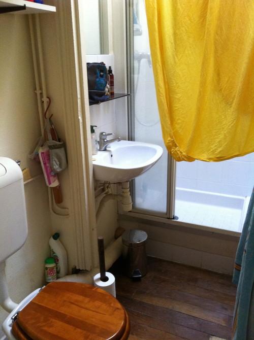 avant apr s une salle de bain optimis e pour un petit espace. Black Bedroom Furniture Sets. Home Design Ideas