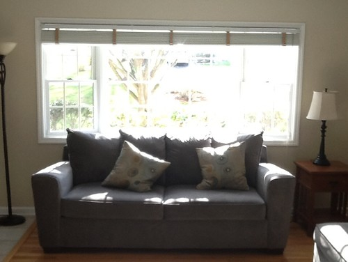 Windows treatment options for bay window sofa in front - Corner sofa in bay window ...