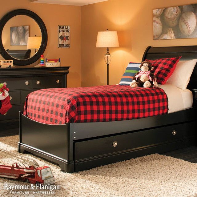 Charlie Bedroom Collection Traditional Bedroom Other By Raymour