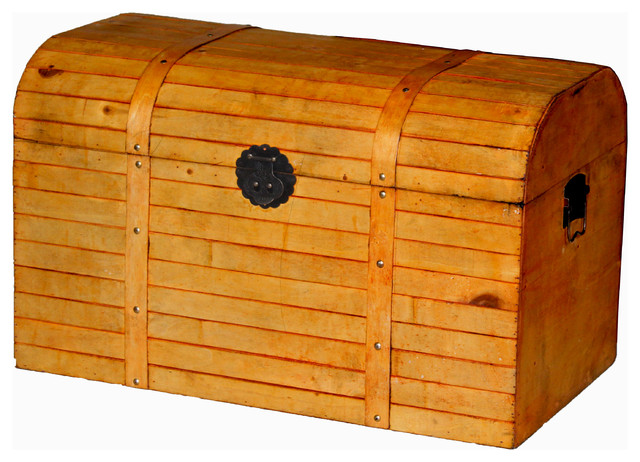Antique style finished barn style wood trunk small - Baules decorativos ...
