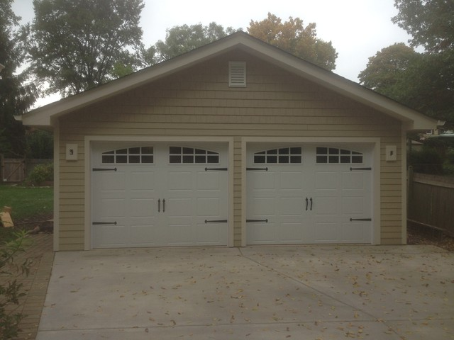 2 car detached garage
