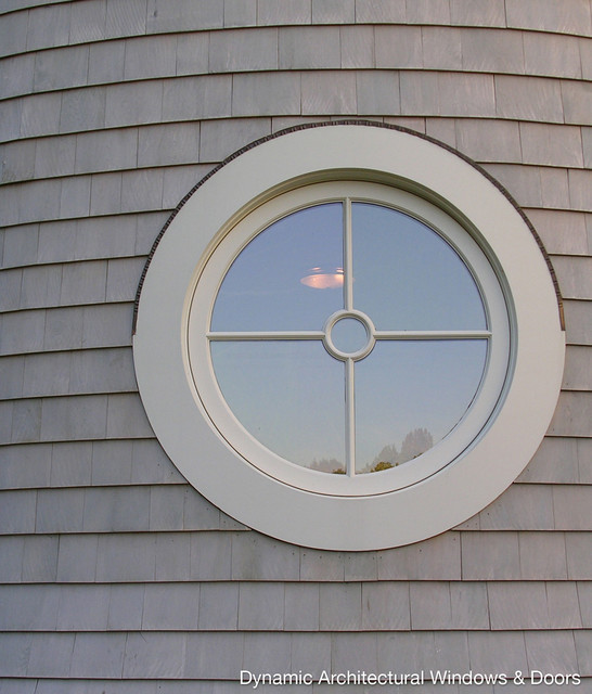 Round architectural window traditional windows vancouver by dynamic architectural for Exterior door with round window