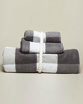 Jacquard Plaid Bath Towel Traditional Bath Towels By Nautica