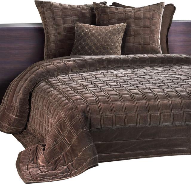 Dumont Bedroom Set King: Meridian Embroidered Velvet King Quilt