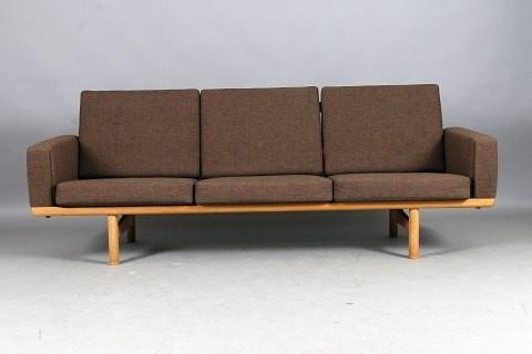 hans j wegner 3 sitzer sofa modern sofas by pamono gmbh. Black Bedroom Furniture Sets. Home Design Ideas