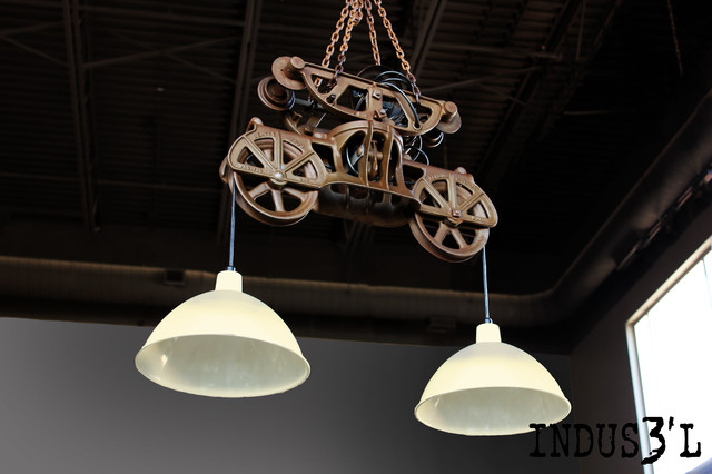 Luminaires industriels suspensions meilleures images d for Eclairage suspension design