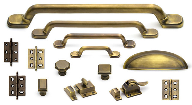 Classic suite cabinet hardware collection in antique brass for Traditional kitchen cabinet handles